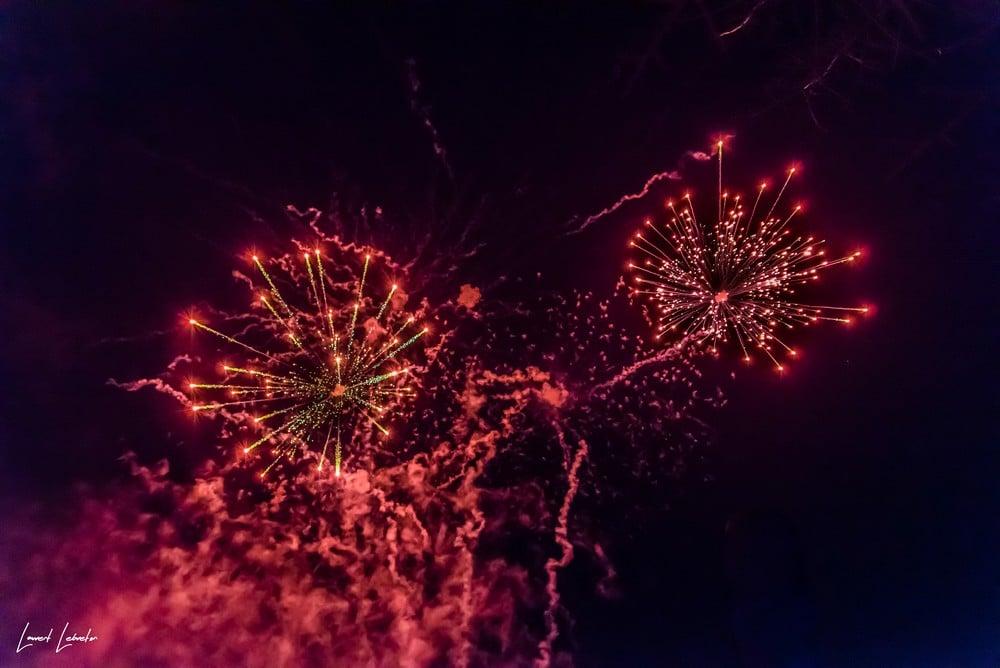 Un feu d'artifice intense dans le puy de Dôme